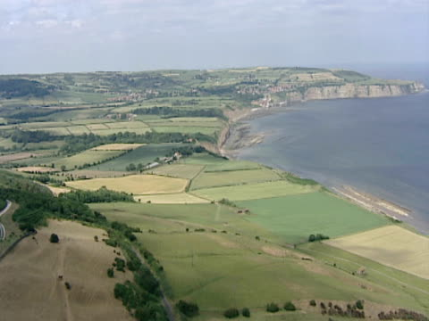 ws of rural coastline. scarborough, uk - scarborough uk stock videos & royalty-free footage
