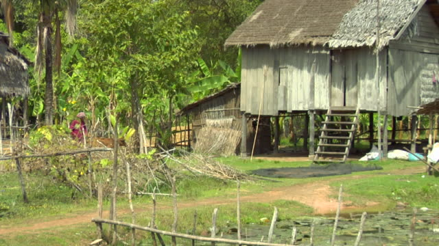 zo rural homes built on posts / cambodia - wood stock videos & royalty-free footage