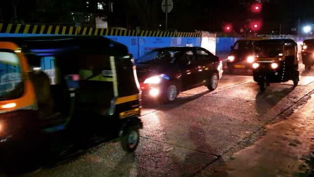 rush hour traffic on mumbai roads - traffic light stock videos & royalty-free footage