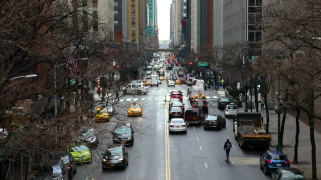 rushhour traffic and skateboarding slow motion - city break stock videos & royalty-free footage