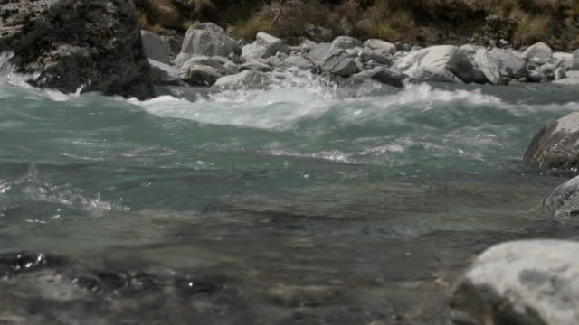 rushing river in southern alps between hokitika and arthur's pass, westland, new zealand. - new zealand southern alps stock videos & royalty-free footage