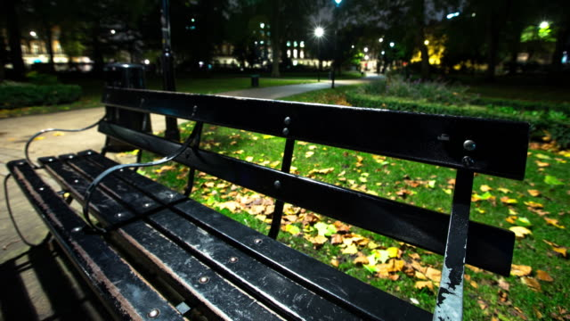 Russel Square Bench - Time Lapse