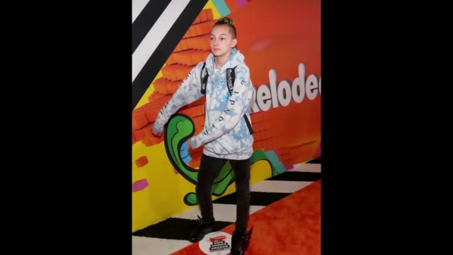 russell 'backpack kid' horning attends nickelodeon's 2018 kids' choice awards at the forum on march 24 2018 in inglewood california - 31st annual nickelodeon kids' choice awards stock videos and b-roll footage