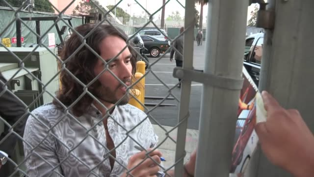 russell brand in hollywood 04/03/13 - russell brand stock videos and b-roll footage