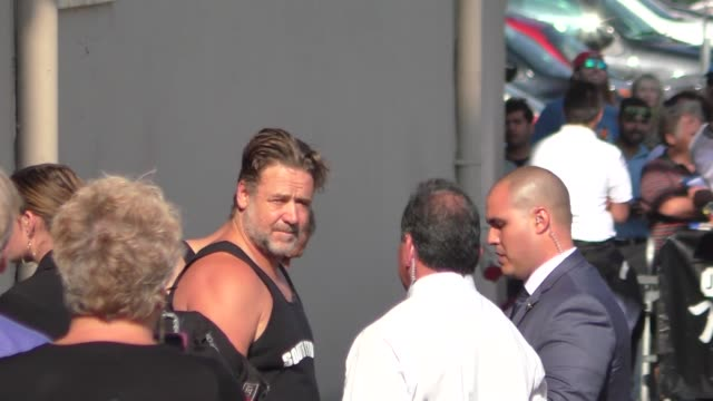 russell crowe arriving to jimmy kimmel live in hollywood on may 10, 2016 in los angeles, california. - russell crowe stock videos & royalty-free footage