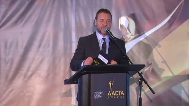 stockvideo's en b-roll-footage met russell crowe at 2nd annual aacta international awards on 1/26/13 in los angeles, ca . - russell crowe