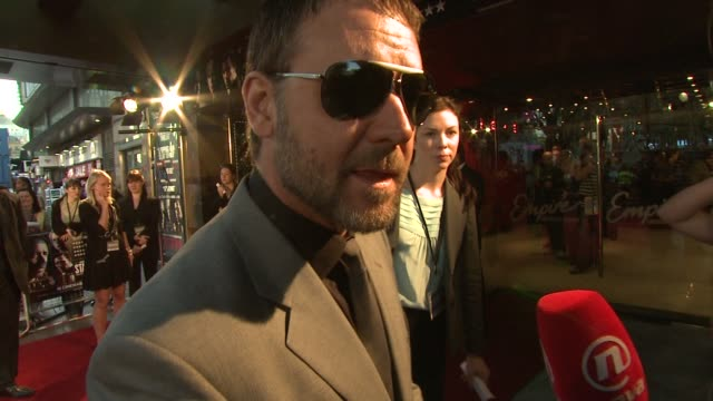 russell crowe describes his character in the film at the state of play world premiere at london . - russell crowe stock videos & royalty-free footage
