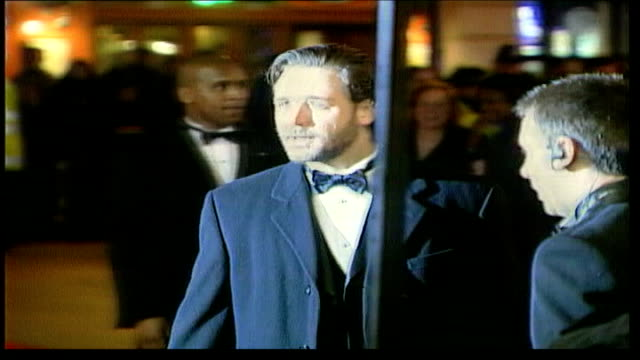 resturant altercation lib england london actor russell crowe along in evening dress pan - russell crowe stock videos & royalty-free footage