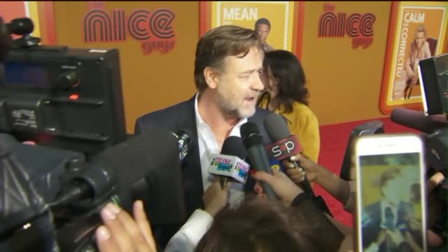 ktla russell crowe talks about 'the nice guys' film at premiere - russell crowe stock videos & royalty-free footage
