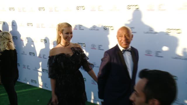 russell simmons and kennedy summers at the 27th annual environmental media association awards at barker hangar on september 23 2017 in santa monica... - russell simmons stock videos & royalty-free footage