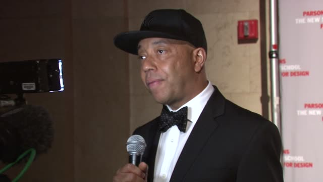 russell simmons at the 2009 parsons fashion benefit honoring calvin klein at new york ny. - russell simmons stock videos & royalty-free footage