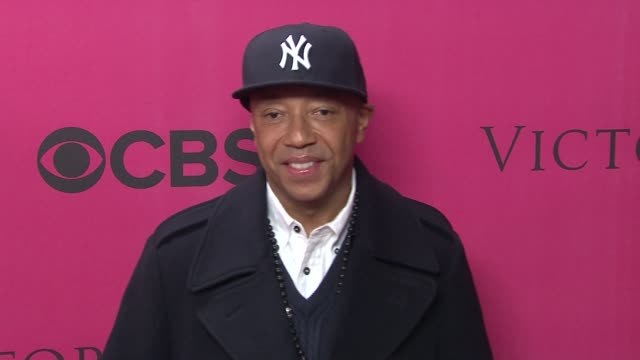 russell simmons at the 2010 victoria's secret fashion show - pink carpet at new york ny. - russell simmons stock videos & royalty-free footage