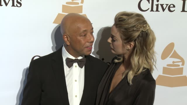 stockvideo's en b-roll-footage met russell simmons at the 2016 pregrammy gala and salute to industry icons honoring irving azoff at the beverly hilton hotel on february 14 2016 in... - irving azoff