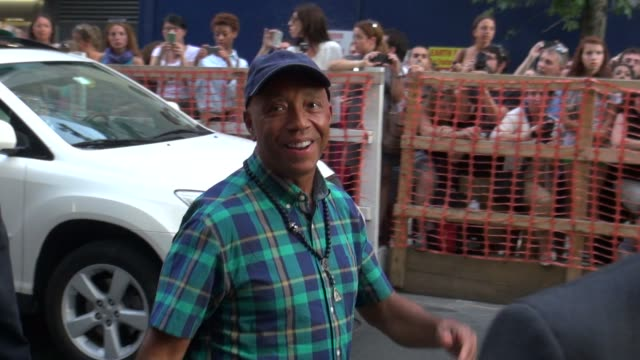 russell simmons outside the museum of modern art in new york ny on 08/13/12 - russell simmons stock videos & royalty-free footage