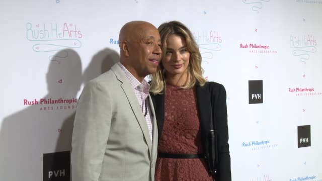 vídeos y material grabado en eventos de stock de chyron russell simmons' rush philanthropic arts foundation's annual rush hearts education luncheon at the plaza hotel on march 11 2016 in new york... - russell simmons