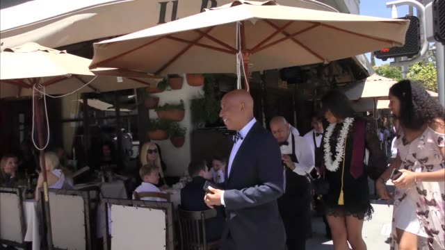russell simmons shopping in beverly hills in celebrity sightings in los angeles - russell simmons stock videos & royalty-free footage