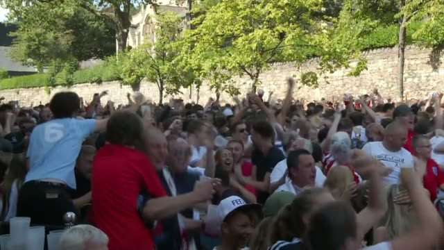 england beat sweden to reach semifinals england sunderland ext crowd of england fans celebrating england goal and drinks being thrown about - fifa world cup stock videos & royalty-free footage