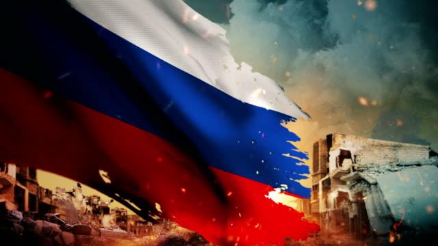 vídeos de stock e filmes b-roll de 4k russia flag - crisis / war / fire (loop) - smoke physical structure