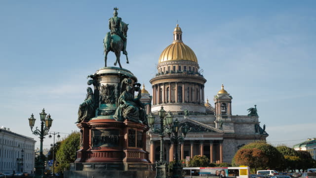 Russia, Saint Petersburg, Golden dome of St Isaac's Cathedral (1818) and the equestrian statue of Tsar Nicholas (1859) - Time lapse