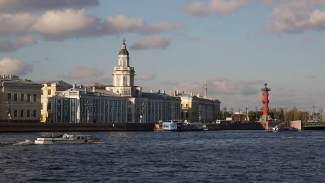 russia, saint petersburg, kunstkammer, river neva towards the cathedral of ss peter and paul - sankt petersburg stock-videos und b-roll-filmmaterial