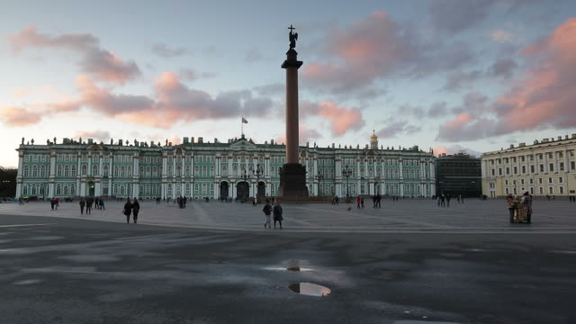 russia, saint petersburg, palace square, alexander column and the hermitage, winter palace - st. petersburg russia stock videos & royalty-free footage