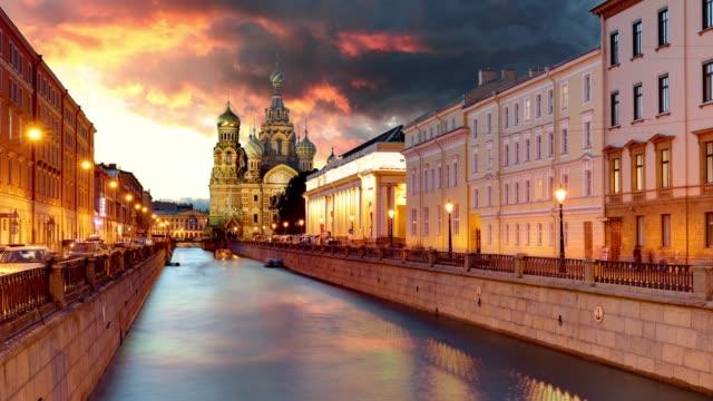Lapso de tiempo de Rusia, San Petersburgo - iglesia de Salvador sobre la sangre derramada