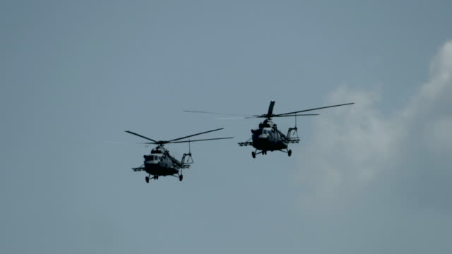 russian military helicopters - elicottero video stock e b–roll