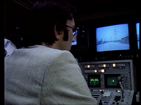 london: itn house: cbv tom wilkie intvw sof as explaining pix on screen - communication stock videos & royalty-free footage