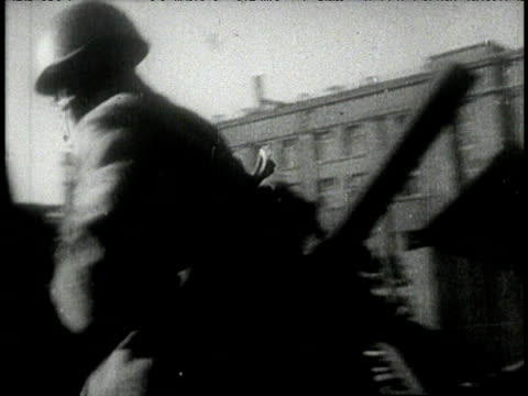 russian troops advance against germans through devistated stalingrad - volgograd stock videos & royalty-free footage