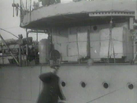 vídeos de stock e filmes b-roll de crash of battleship empress maria - navio de batalha