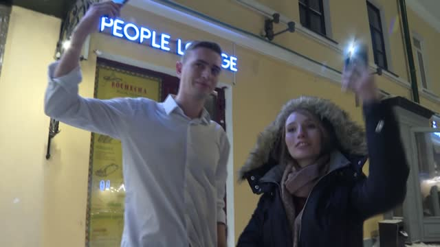 russianstake to the streets with lit-up smartphones to show their support for jailed kremlin critic alexei navalny - critic stock videos & royalty-free footage