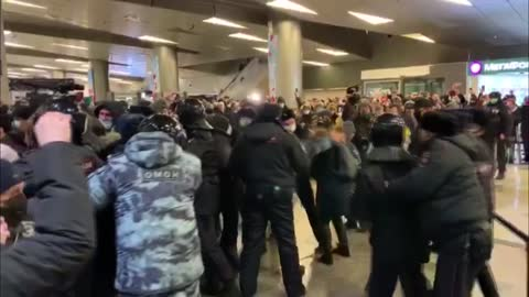 russia's most prominent opposition leader alexei navalny on sunday left germany and boarded a plane to moscow five months after near-fatal poisoning.... - emergency planning stock videos & royalty-free footage