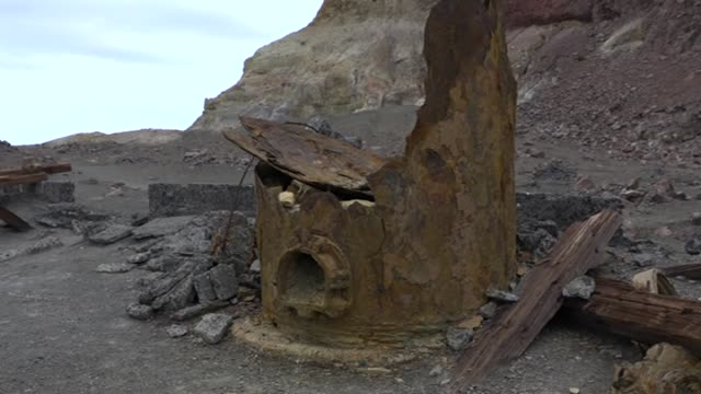 rusting remains of mining equipment on white island volcano site in sea off whakatane bay of plenty new zealand - tectonic stock videos & royalty-free footage