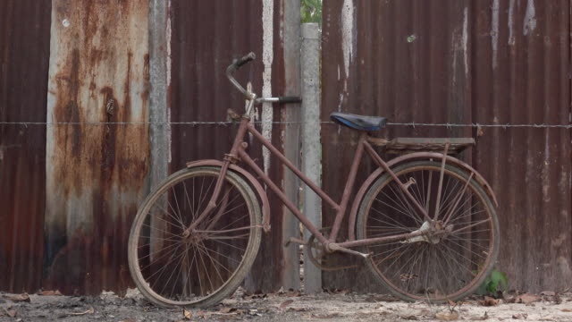 rusty bicycle park at rusty wall - weathered stock videos & royalty-free footage