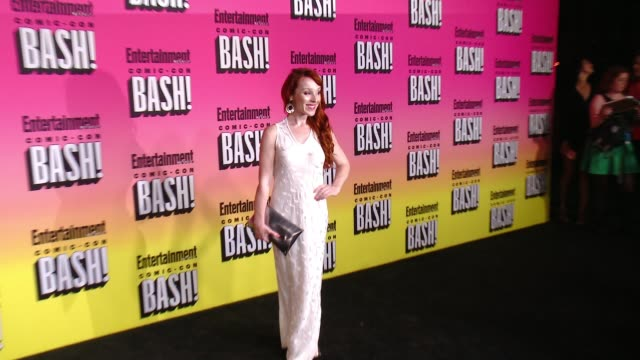 stockvideo's en b-roll-footage met ruth connell at entertainment weekly hosts annual comic-con celebration in san diego, ca 5/13/14 - entertainment weekly