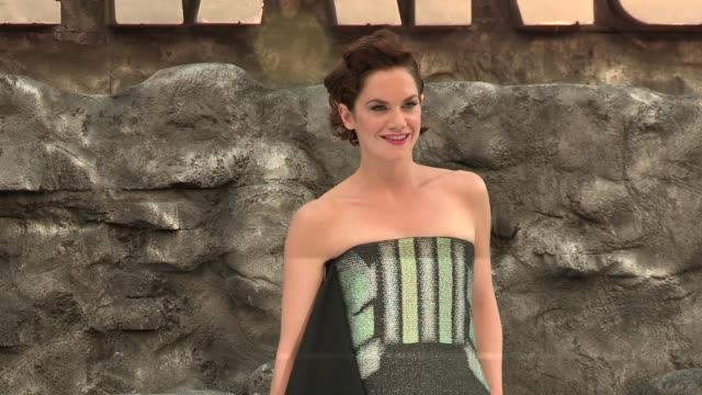 ruth wilson at the lone ranger uk premiere at odeon leicester square on july 21 2013 in london england - the lone ranger 2013 film stock videos and b-roll footage