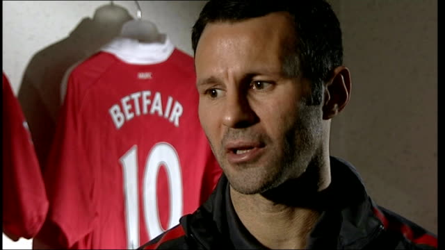 stockvideo's en b-roll-footage met ryan giggs photocall and interview ryan giggs interview continued sot importance of continuity of manager cup is one off and form can turn around... - fa cup