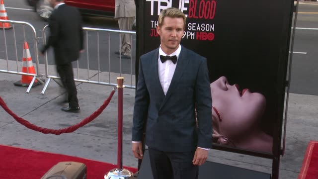 vídeos y material grabado en eventos de stock de ryan kwanten at true blood seventh and final season premiere at tcl chinese 6 theatres on june 17 2014 in hollywood california - mann theaters