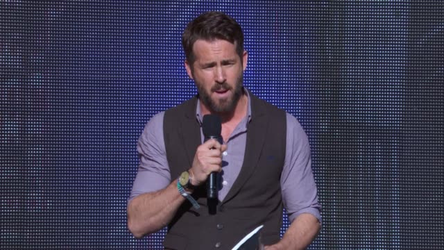 SPEECH Ryan Reynolds says it's about all of us making a difference and introduces Alicia Keys' performance at 2014 Global Citizen Festival in Central...