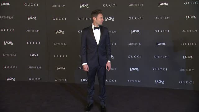 ryan seacrest at 2014 lacma artfilm gala honoring barbara kruger and quentin tarantino presented by gucci in los angeles ca - ryan seacrest stock-videos und b-roll-filmmaterial