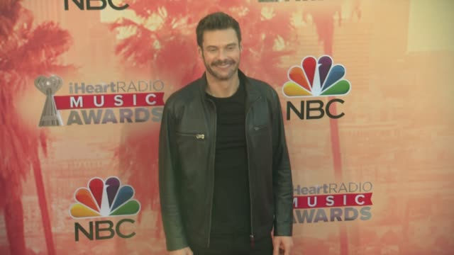 vídeos de stock, filmes e b-roll de ryan seacrest at the 2015 iheartradio music awards red carpet arrivals at the shrine auditorium on march 29 2015 in los angeles california - shrine auditorium