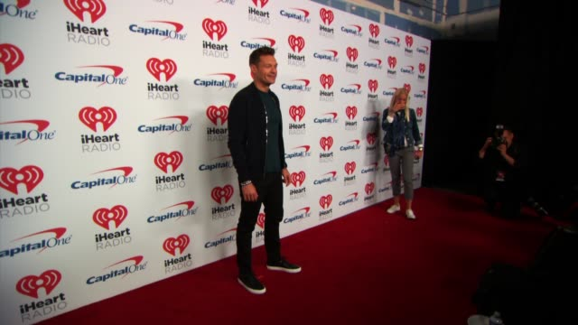 ryan seacrest at the 2017 iheartradio music festival day 1 at tmobile arena on september 22 2017 in las vegas nevada - ryan seacrest stock-videos und b-roll-filmmaterial