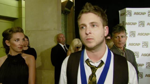 vidéos et rushes de ryan tedder on attending tonight's event his songwriting process and on what he would do if he wasn't in music at the ascap's 25th annual pop music... - ascap