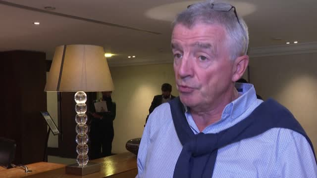 ryanair ceo michael o'leary announces the airline will operate 14 new routes from london airports in a bid to boost winter traffic - report produced segment stock videos & royalty-free footage