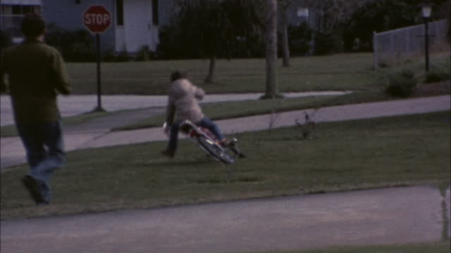 70's 8mm footage learning to ride a bike #3