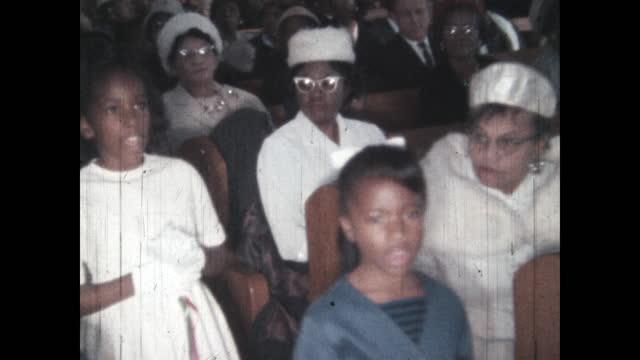 1960's - ceremony at first baptist church north tulsa, tulsa, oklahoma, usa - baptist bildbanksvideor och videomaterial från bakom kulisserna
