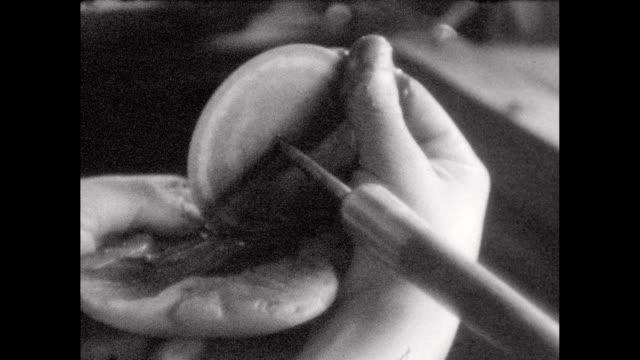 1930's Chinese jade artisans