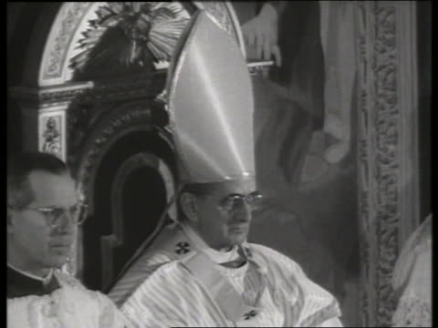 s close up of pope paul vi sitting in throne / st peter's basilica / rome - pope stock videos & royalty-free footage