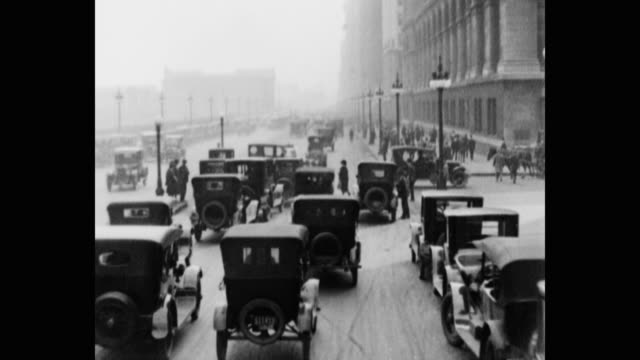 vídeos de stock, filmes e b-roll de 1920's pov driving south on michigan avenue, chicago, il, usa - 1920