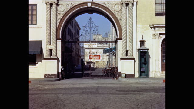 1950's entrance gate of paramount pictures studios, los angeles, california, usa - gate stock videos & royalty-free footage